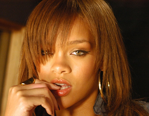 Rihanna portrait sharpened Lab